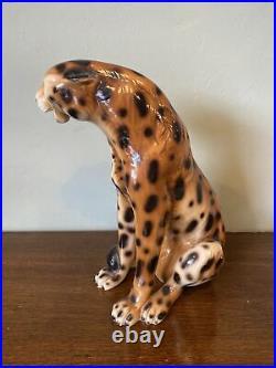 A Stunning Vintage Italian Ceramic Sitting Leopard Figurine 15 Inches Tall. Vgc