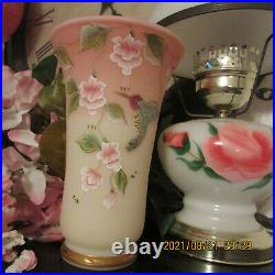Beautiful Fenton Vase Rare Piece Stands 8'' Tall