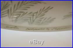 Fenton Lamp White Satin MAUVE Airbrush Rim CALADIUM PLANTS 24 tall Free48stSHIP