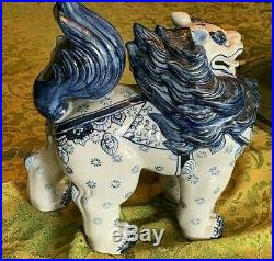 L'ge Blue&White Porcelain Chinese Foo Dog Guardian Lion statue 10 tall Pristine