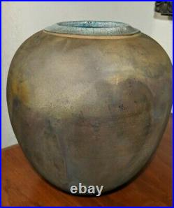 Leslie Mitchell Signed South West Pottery Raku Vase Tall 9-1/2 Hand Spun Vase