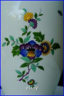 Meissen handpainted urn vase 14,5 tall